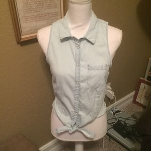 Light denim tank with buttons and tie